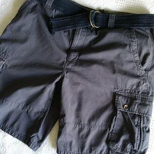 Club Room cargo shorts. Size 36